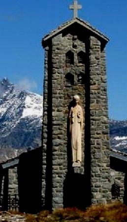 LES ALPES,arrêt sur l'un de ses cols français ,« le plus haut d'Europe»
