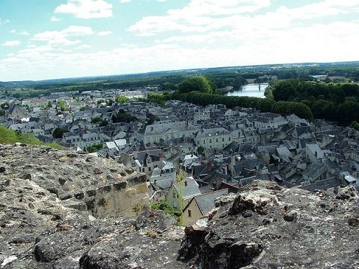 Les beaux villages de France: Chinon et son château
