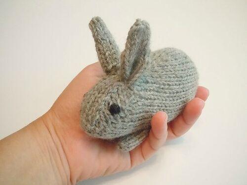 Minus mon petit lapin tricot