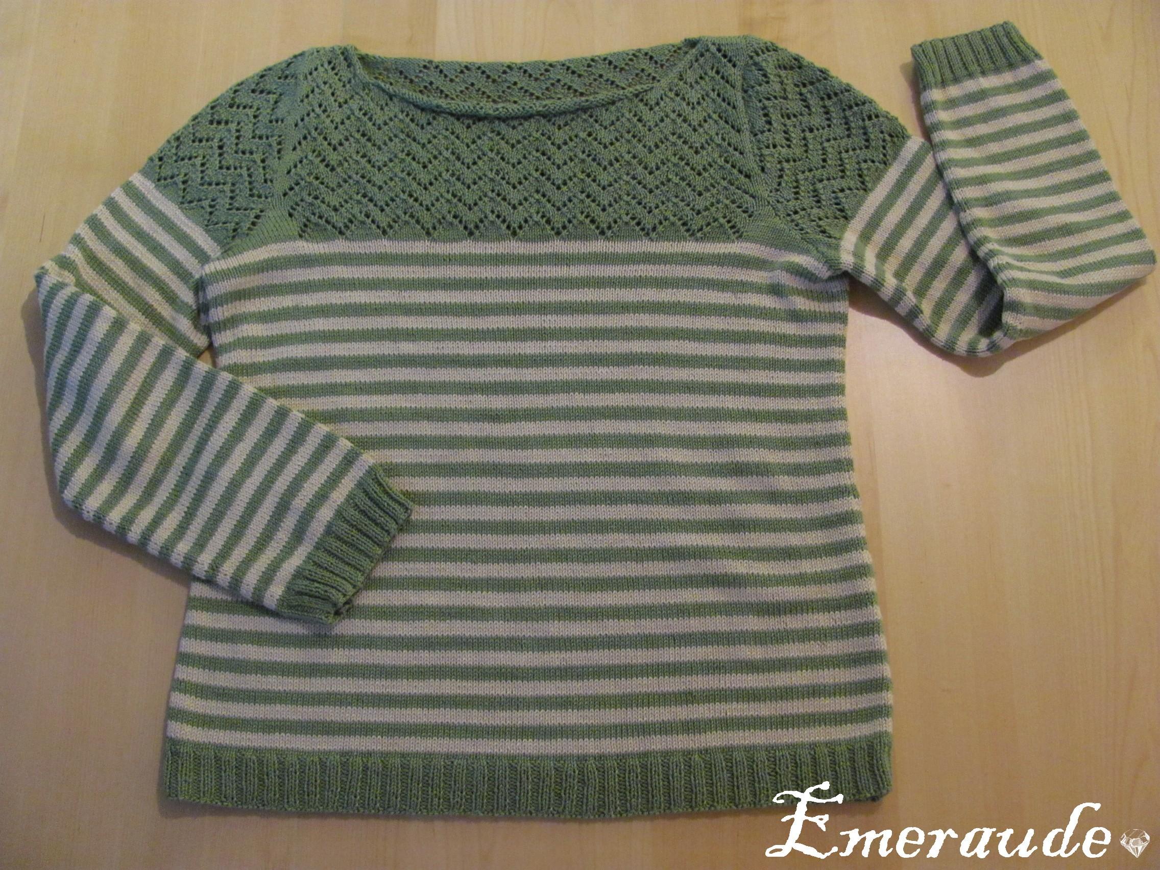 Tricot: pull rayé ajouré