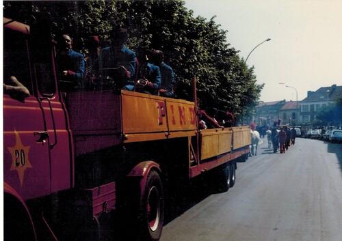 la parade en ville du cirque Pinder-Jean Richard ( 1ère partie)