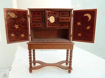 cabinet 5