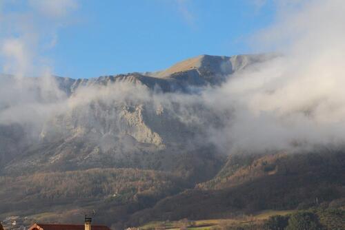 Vers la montagne de Moutet
