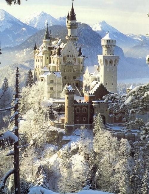 castle dans la neige