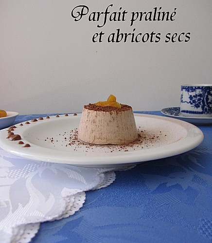 parfait-praline-abricots-secs1.jpg