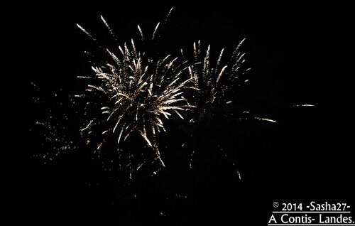 Le 14 juillet : Feux d'artifices à Contis.