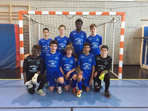 Le titre de champion académique Futsal pour les minimes filles et les minimes garçons