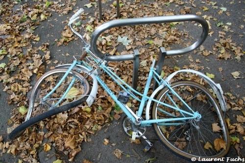 Une bicyclette bleue