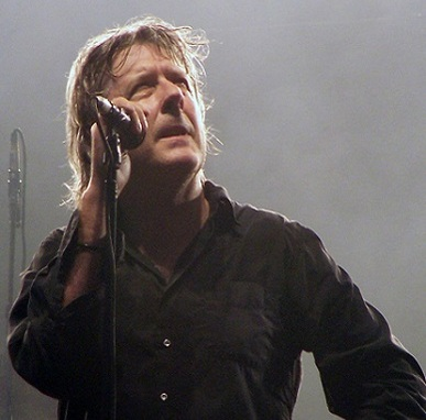 Arno souffrant : le chanteur est atteint d'un cancer du pancréas