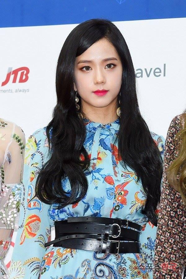 ~ Black Pink - Gaon Chart Awards 2016 ~