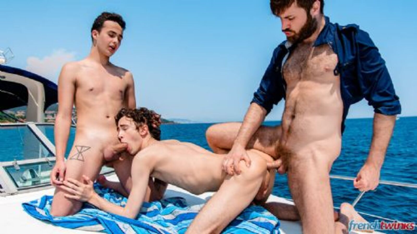 FRENCHTWINKS 240818-04
