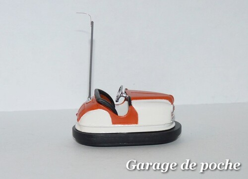Renault 4cv cabriolet Auto-tamponneus