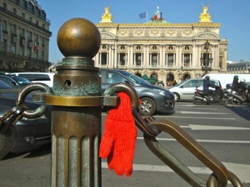 nature morte trouvé gant Opéra