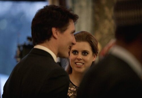 Beatrice d'York est subjuguée par Mr Trudeau  - lol