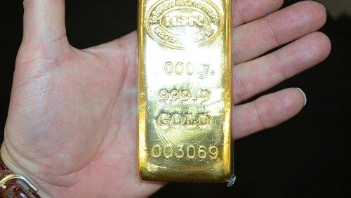 Ils découvrent des lingots d'or...