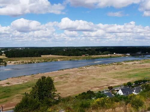 La Loire vue du parc du château de Chaumont