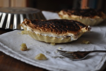 Tartelettes à la framboise meringuées