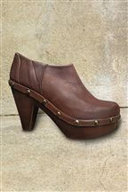 tan low clog 55 next