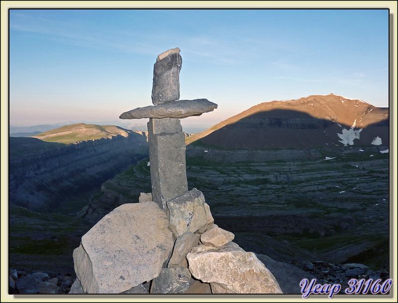Cairn sur le sentier du Mont Perdu (Monte Perdido) - Aragòn - Espagne (España)