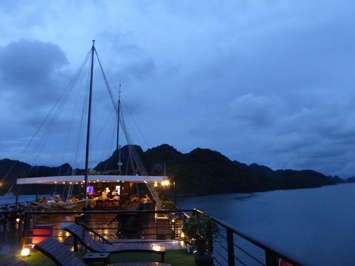 J5 , Suite et fin de cette journée, Baie de Lan Ha Vietnam