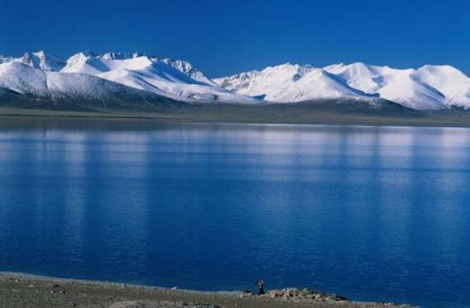 27. Le lac bleu