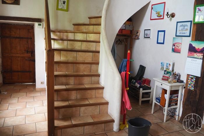 Un escalier arc-en-ciel