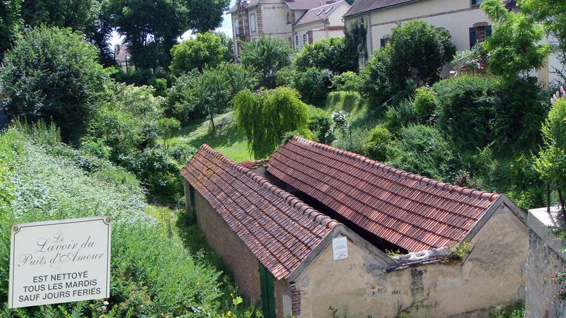 VILLENEUVE SUR YONNE (Yonne) :  dernière partie