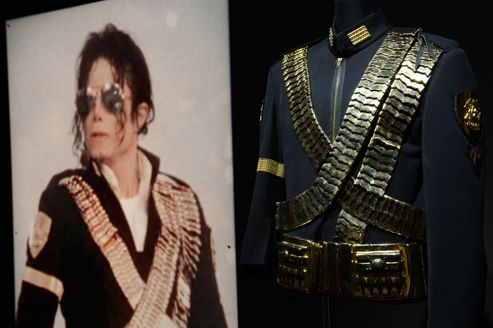 Lady Gaga acquiert des objets de Michael Jackson