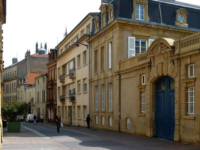 Metz / La rue aux Ours...