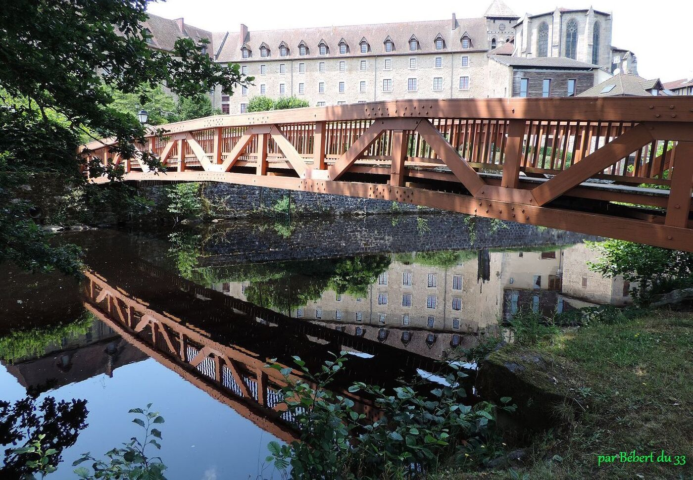 un pont à Eymoutiers (87)