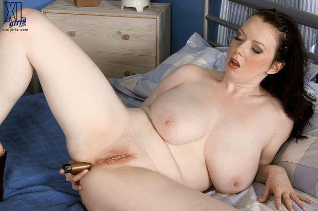 BigBoobs - Emily Cartwright - 4 -