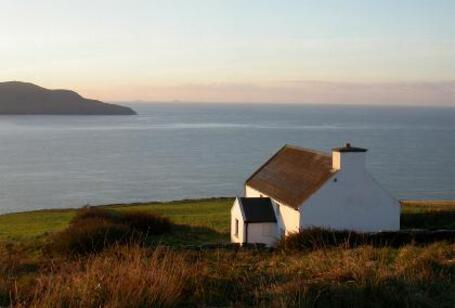 www.kerry-coastal-cottages.com