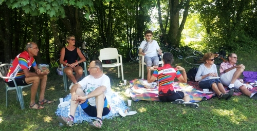 - Picnic au lac de Carouge