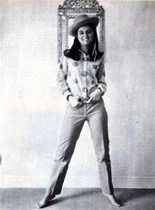 Printemps 1967 : le chemisier à gros pois !