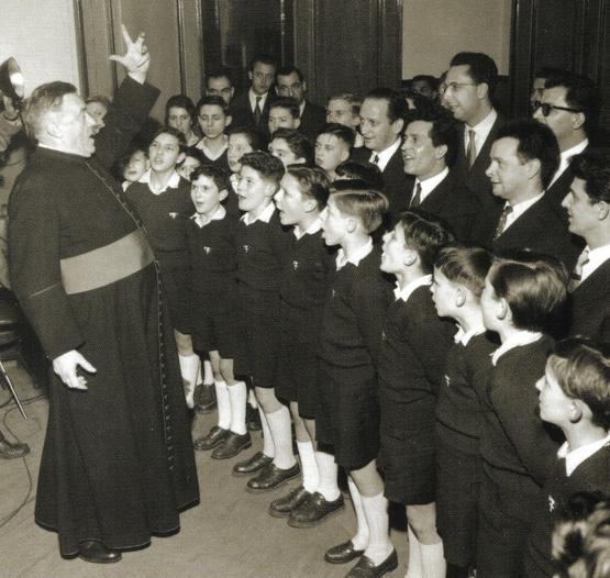 Avec les Petits Chanteurs à la Croix de Bois...