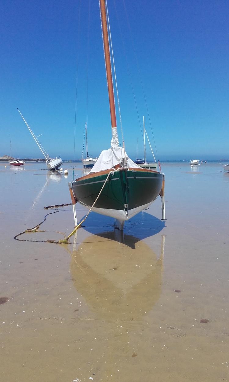 sur  l 'estran en été  ( coté mer