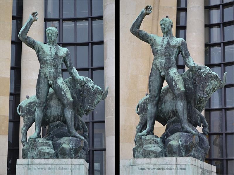 Jardins du Trocadéro : Hercule domptant un bison d'Albert Pommier