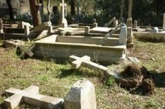 cimetière-profanation.jpg