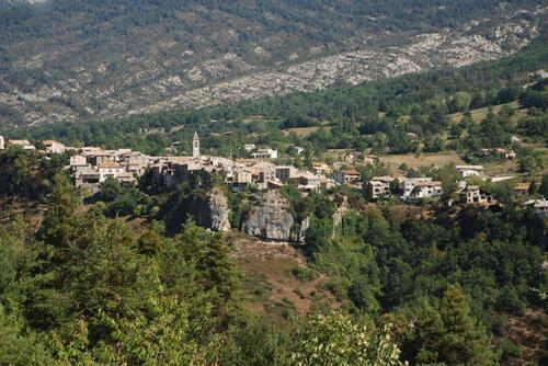 Le village de Méailles