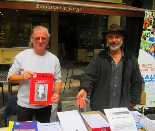 Digne les Bains 10-09-17: La Libre Pensée 04 tenait un stand boulevard Gassendi!