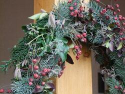 Atelier ...    jardinières et couronnes d'hiver
