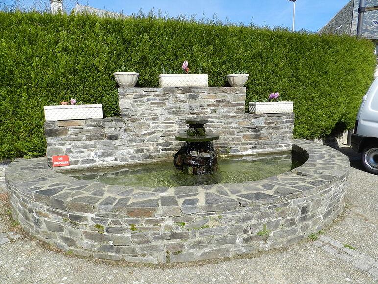 La fontaine de Prunet.JPG