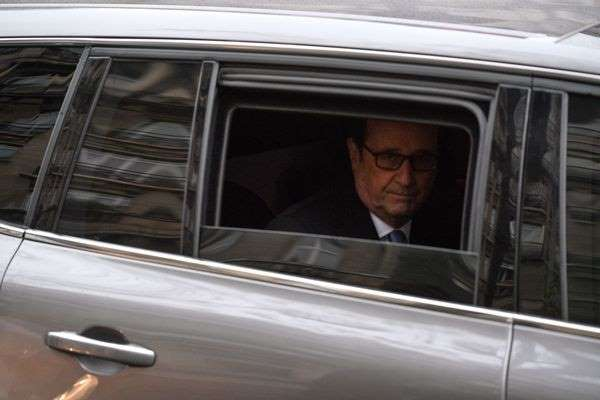 CHANTOUVIVELAVIE : Accident mortel au passage du convoi de Hollande