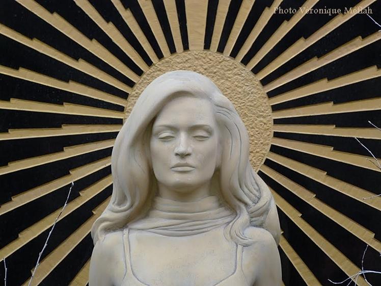Cimetière de Montmartre : La tombe de Dalida