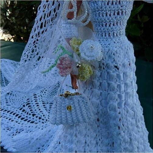 "Barbie en robe de mariée modèle ""Astrale"""