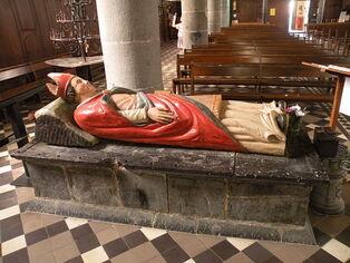 File:Église Saint-Etton de Dompierre-sur-Helpe gisant.JPG
