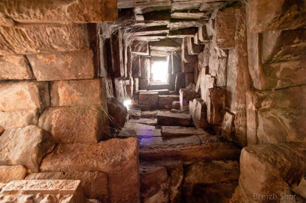 Vat Nokor - Banteay Prei Nokor - Kampong Cham - Le puits de lumière
