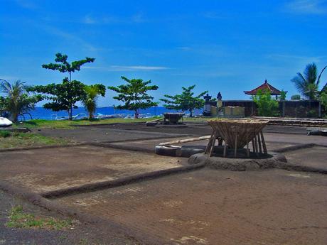Les Salines traditionnelles d'Amed à l'est de Bali