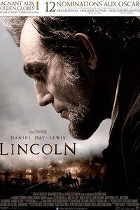 Lincoln : Les derniers mois tumultueux du mandat du 16e Président des États-Unis. Dans une nation déchirée par la guerre civile et secouée par le vent du changement, Abraham Lincoln met tout en ?uvre pour résoudre le conflit, unifier le pays et abolir l'esclavage. Cet homme doté d'une détermination et d'un courage moral exceptionnels va devoir faire des choix qui bouleverseront le destin des générations à venir. ...-----... Origine : Américain  Réalisation : Steven Spielberg  Durée : 2h 29min  Acteur(s) : Daniel Day-Lewis,Sally Field,David Strathairn  Genre : Biopic,Drame  Date de sortie : 30 janvier 2013  Année de production : 2012  Distributeur : Twentieth Century Fox France  Critiques Spectateurs : 3,6