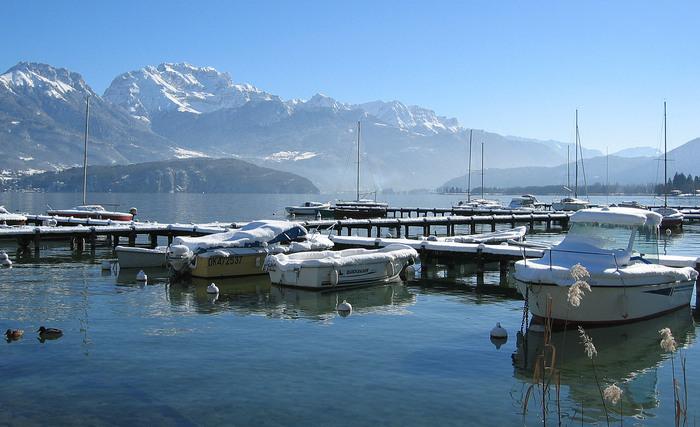 Le lac d'Annecy depuis le port de Sevrier